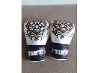 Tuff Muay Thai Gloves 16 Oz. Yak white