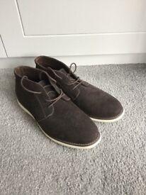 Men's Chelsea boots size 11.5