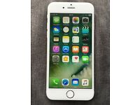 Apple iPhone 6 silver unlock 16gb in original box and case free