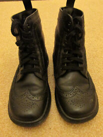 Dr Martens women ankle boots - Size 3