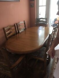 Dining Tabke & 4 chairs, 168 x 91cm. Top veneered the rest solid wood. VGC. Extendable