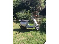 Vespa et4 2001 (504 miles from new) never driven since 2002