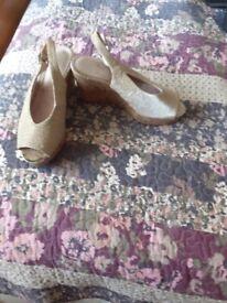 Ladies silver sparkler sandals
