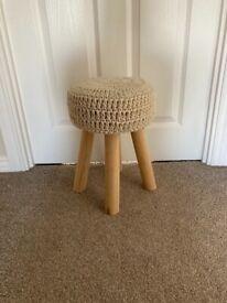Cream knit, milkmaid stool