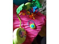 Fisher price rainforests peek a boo leaves mobile