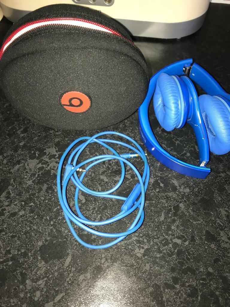 Beats by Dr Dre Solo HD Headphones- Blue with bag and Cable ONO
