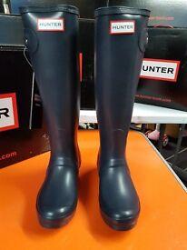 Hunter Wellies Ladies Original Adjustable Size 3 in Navy, Aubergine & Red