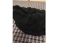 Ladies. Warm black scarf/snood