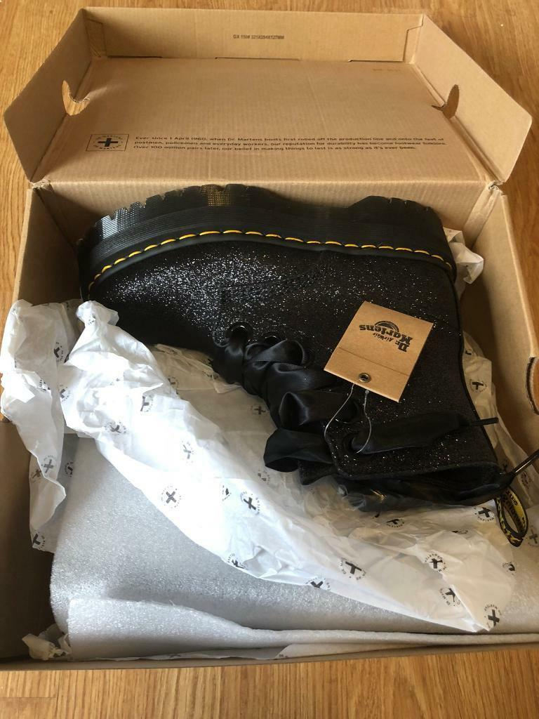 2fd1a04295b1 BNIB Dr Martens Molly Glitter Boots Sz 5