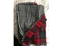 Double sided large scarf
