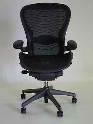 Herman Miller Aeron Chair Size C Leather Arm Rests Carbon Color Pellicle Waves
