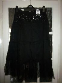 New Ladies Black Gypsy Skirt with Net Hem Size 12 IP1