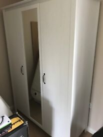 Wardrobe for sale, very good condition.