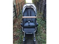 Joolz Day Quadro pushchair with baby bassinet