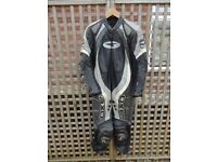 AXO 1-Piece Motorcycle leathers - size UK 40