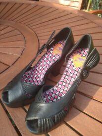 'Rocket Dog' of London Black Leather Heels – Size 5/38