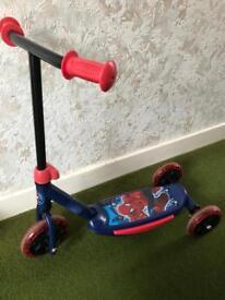 Spider-Man Three Wheel Scooter