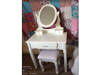 Dressing table white wood shabby chic vintage retro boho need gone ASAP