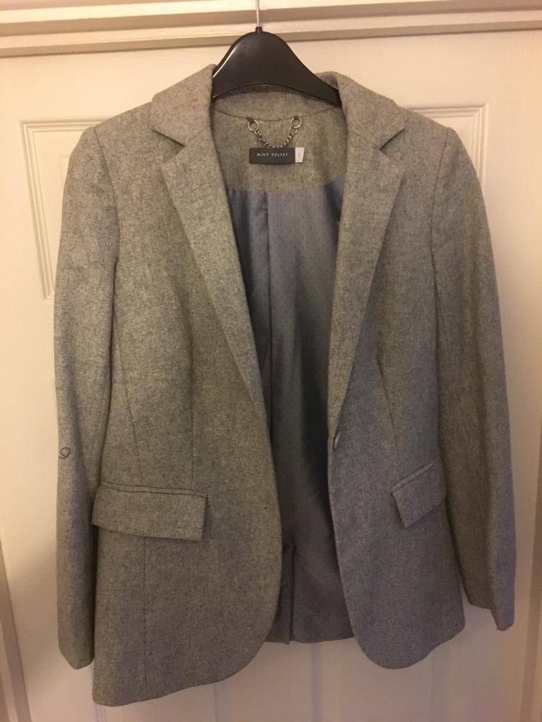 Light Grey Mint Velvet Blazer, Size 8, Stunning, Smart, Fashionable, RRP £100+