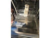 Cream Smeg dishwasher
