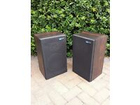 Stunning Pioneer floor standing stereo speakers at a bargain price!