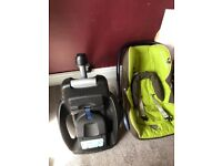 Maxi Cosi car seat with isofix base plate £100 ono