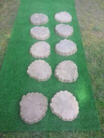 Log concrete stepping stones