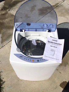 Lemair 2.2kg Automatic Washing Machine Tweed Heads West Tweed Heads Area Preview