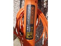 Black and Decker Strimmer - ST5530 – 550watts motor – less than one year old