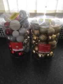 Christmas tree decoration balls