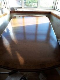 Veneer Regency style Extendable Dining table, seats 8 6xChairs 2xCarvers
