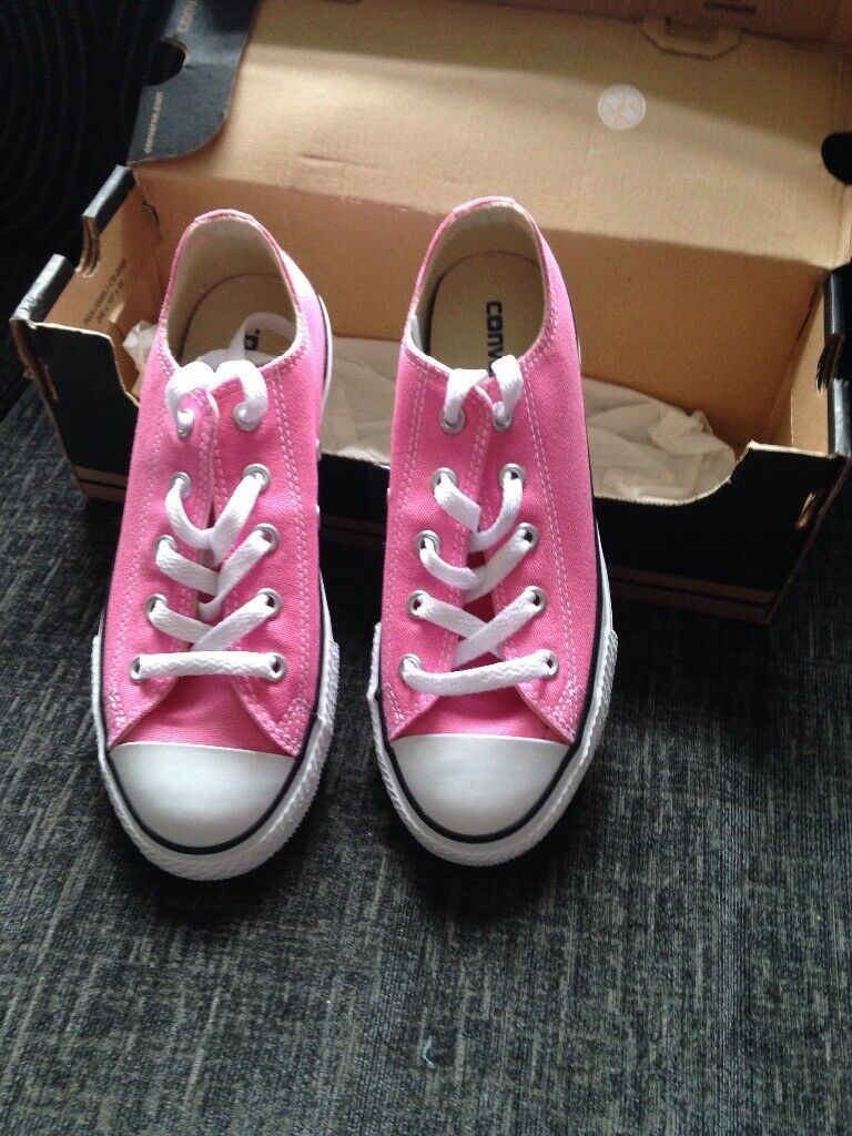 68be9431221 Girls pink converse | in Bangor, County Down | Gumtree