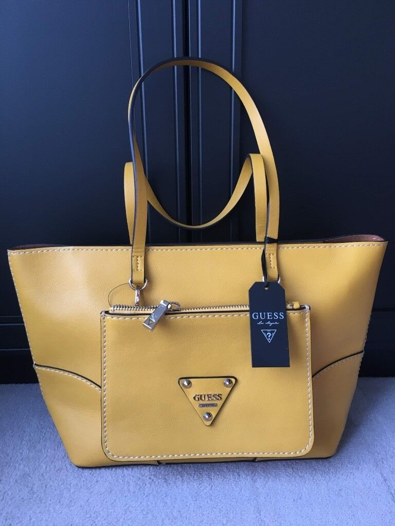 Authentic Guess handbag (tote) with wallet and dust bag. Brand new ... 2c42b8dea7aed
