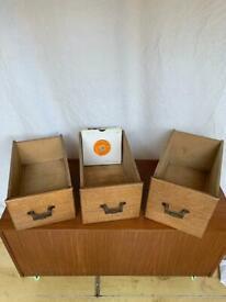 """Oak single 45 rpm 7"""" record storage vintage box"""