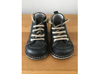 Piedro Boots Size 4 Blue