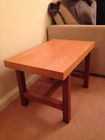 Small table/coffee table