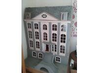 Large Dollshouse