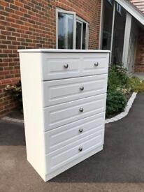 Excellent condition & Quality White Chest Of Drawers.