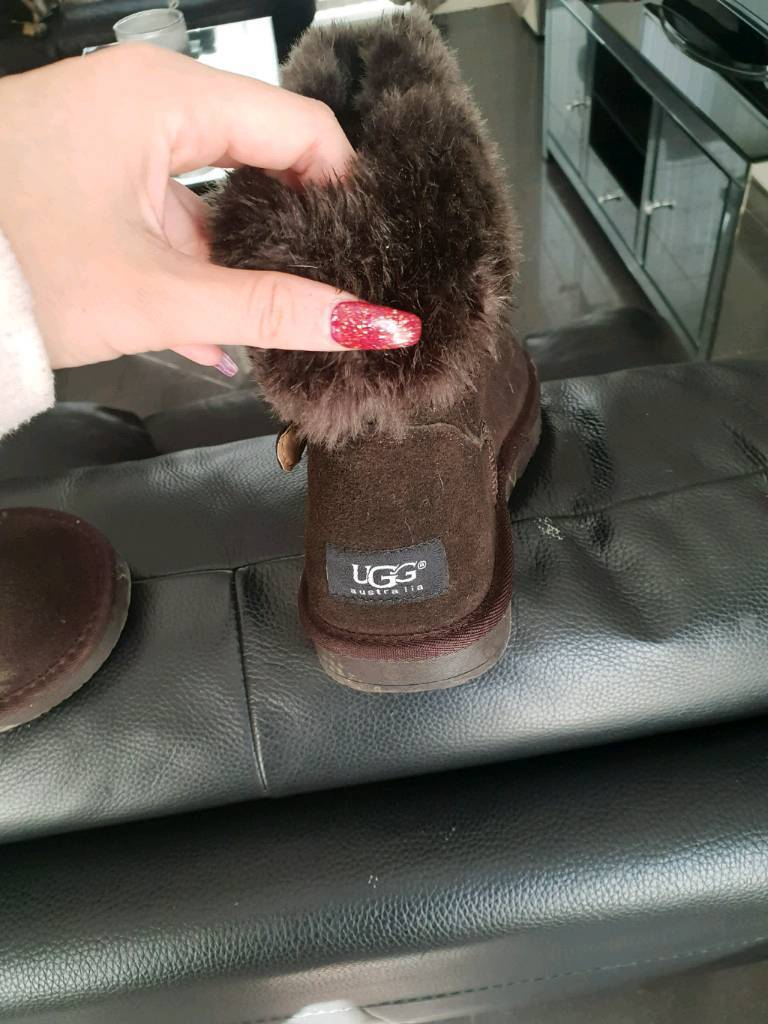 Uggs adult size 8