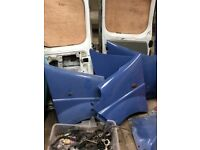 Loads of panels parts engines boxes bulkheads fit vivaro traffic primastar