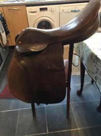Lovatt and ricketts saddle