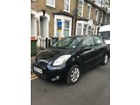 2011 Toyota Yaris T spirit 1.3 VVTI TOP OF THE RANGE VERY LOW MILEAGE - 33,000 Automatic Black