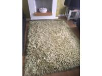Rug shaggy olive green