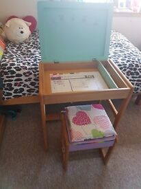 Childs desk