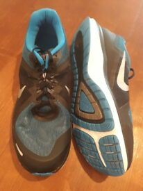 Nike black and blue trainers size UK 11