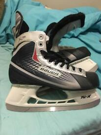 Ice hockey skates