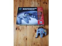 Nintendo 64 console in Box with 2 controllers