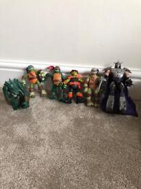 Teenage mutant ninja turtles action figures inc. shredder & leatherhead + 3 Robots