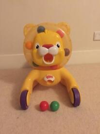 Play lion