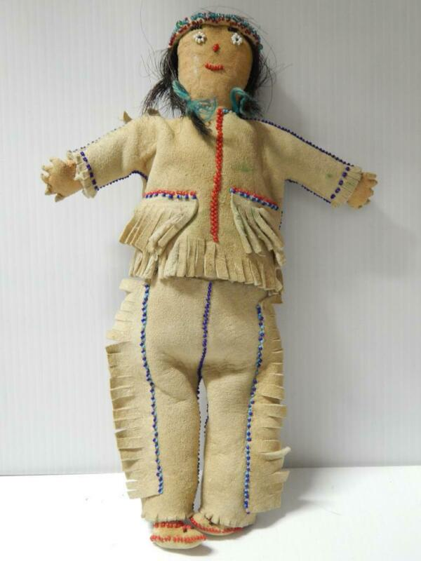 VINTAGE / ANTIQUE PLAINS  CREE BEADED HIDE INDIAN DOLL MONTANA / CANADA REALHAIR